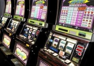 Er zijn zowel offline als online gokkasten te spelen